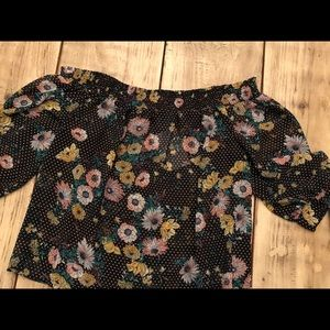 Adorable, off the shoulder, flowered boutique top!